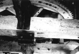Great spur wheel and bridging beam, Ripple Mill, Ripple