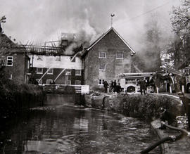 Fire at Calcot Mill, Tilehurst