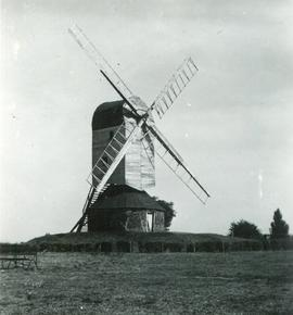 Post mill, Mountnessing