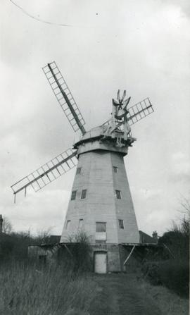 Smock mill, Upminster, with fantail