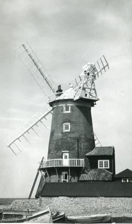 Tower mill, Cley next the Sea, by the sea
