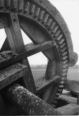 Close-up of Brake Wheel, tower mill, Bardwell