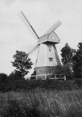 Watts' Cross Mill, Hildenborough