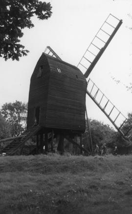 Post mill, Nutley, under repair