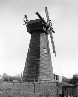 Davison's Mill, Stelling Minnis, with no sweeps or fantail