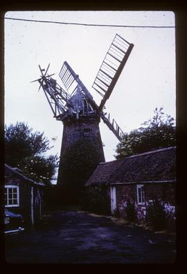 Tower mill, Stickford, derelict, with four sails