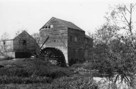 Watermill, Little Woolstone, disused