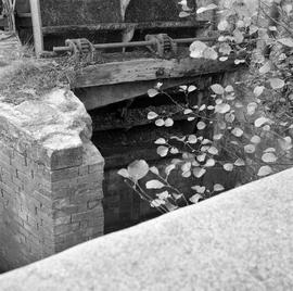 Detail view of the sluice, West Mill, Sherborne