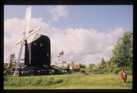 Durrington Mill, High Salvington, with sails in motion
