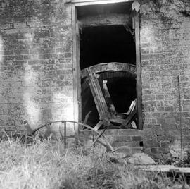 Detail view from outside looking into the wheel house, Keynston Mill, Tarrant Crawford