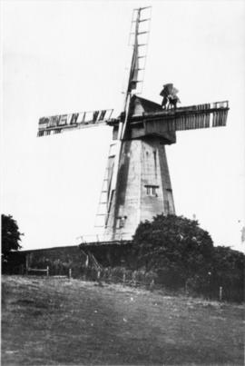 Cullen's Hill Mill, Elham, Canterbury, in working order