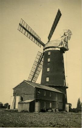 Tower mill, Caston, with workshop alongside