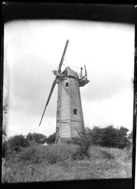 Hawkspur Green Mill, Little Bardfield, with two arms