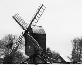 Post mill, Nutley, in a working condition