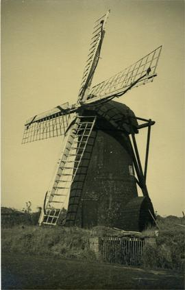 Black Mill, Tunstall, with scoop wheel