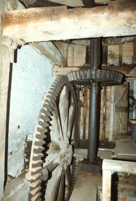 Pit wheel, wallower and great spur wheel, watermill, Hoxne