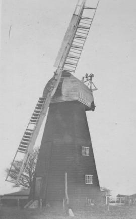 Uphill Mill, Hawkinge, Folkestone, showing only two sails