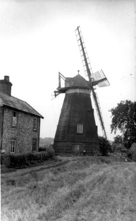 Lower Mill, Dalham, with fantail gone