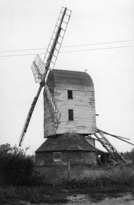 Post mill, Haughley, in a disused condition