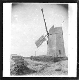 Smock mill, probably Long Island, USA