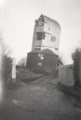 Post Mill, Harebeating