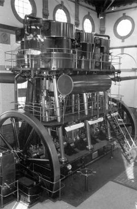 Interior of Lincoln Corporation pumping station, Elkesley, showing triple expansion engine