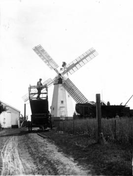 Smock mill, Alderton