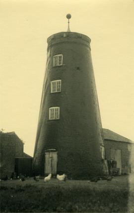 Capless tower with lightning conductor, tower mill, Haxey
