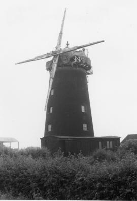 Cap and stocks, Pakenham Windmill, Pakenham