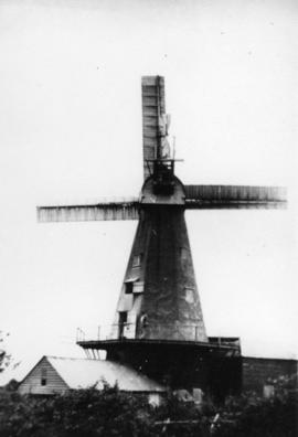 Cowbeech Mill, Herstmonceux, in working order
