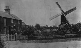 Pyke's Mill, Woolpit, and chimney