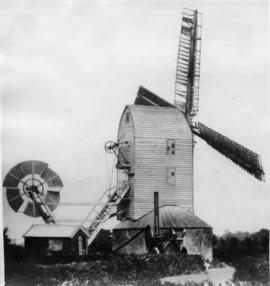 Close-up view of post mill, Charsfield
