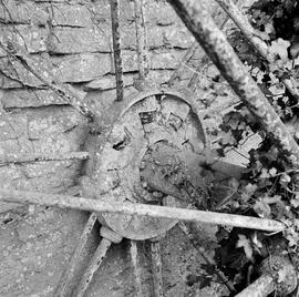 Detail of waterwheel spokes and wheel shaft, Lackington Mill, Piddletrenthide