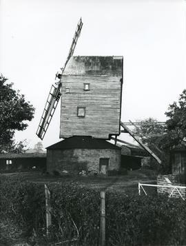 Close-up view, Upthorpe Road Mill, Stanton