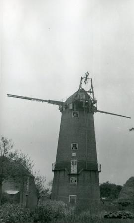 New Mill, East Ruston, derelict, with no sails