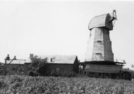 Miles's Mill, Boughton Street, with sails and fantail removed