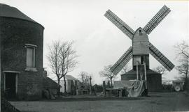 Chadwell Heath post mill, Dagenham