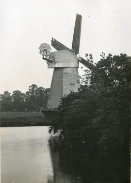 Smock mill, South Ockendon