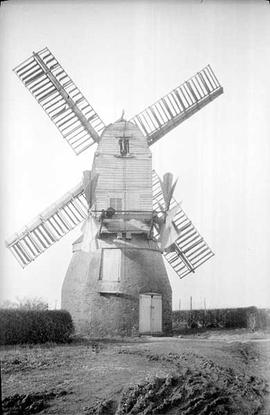 Longbottom's Mill, Tuxford