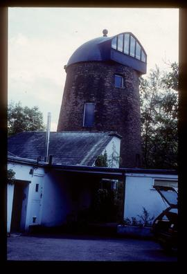 House conversion with observation window built into rear of cap, Goldfield Mill, Tring