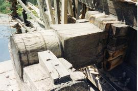 Centre of one wheel and part shaft, Waterwheel, Hama