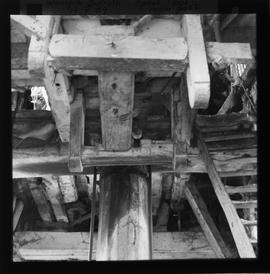 Spout floor, main post, Elmer's Mill, Woolpit