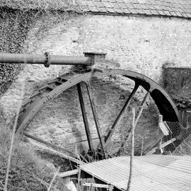 Wheel and penstock, Sadborow Mill, Thornecombe