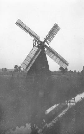 Unidentified drainage mill