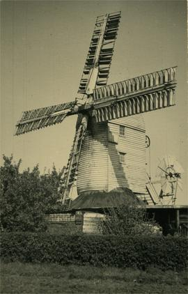 Post mill, Peasenhall, with  patent sails