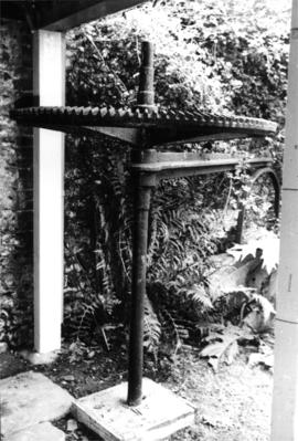 Detail view of upright shaft and crown wheel, Clock House Horse Wheel, Downe