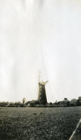 Tower mill, Sutton-on-Trent