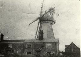 Shuttered sails, smock mill, Boxford