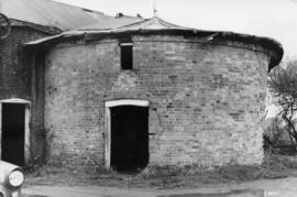Roundhouse, post mill, Otley