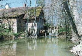 Photograph of Moulin Rouge watermill, Ratte, Saône-et-Loire, France